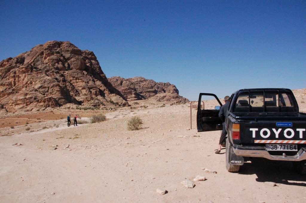 The back road hike started in the Little Petra area, after a transfer. All the way up to the Monastery in Petra.
