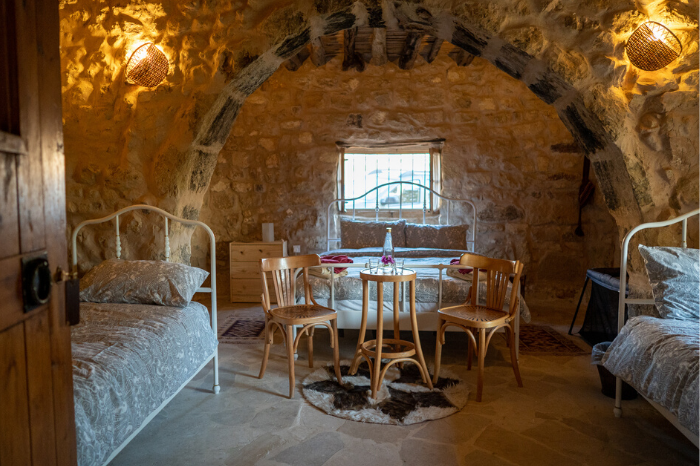 A cosy family room in Petra, Beit al Taybeh Guesthouse