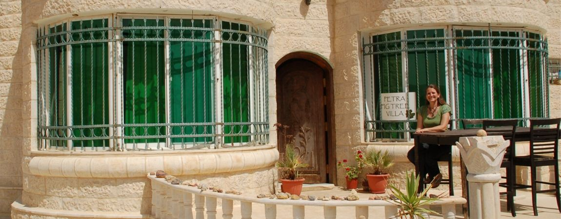 Contact bed and breakfast Petra Fig Tree Villa